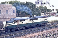 Karachi Bulldog - February 1982 (Bingley Hall) Tags: asia pakistan broad transport train trainspotting transportation emd clydeengineering 567c karachi colomboplan pr rail railway railroad ml3 clp15 bulldog streamliner