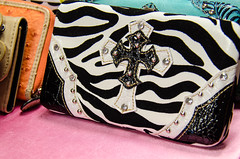 The ugly purse (m01229) Tags: store purse ugly zebraprint