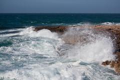 IMG_8511.jpg (picture-coast) Tags: wind urlaub steine mallorca stein wetter kste felsen wellen sturm brandung mittelmeer gischt gezeiten wellengang
