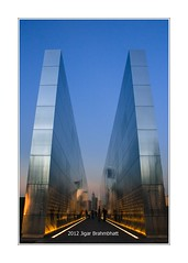Photo Post 122: Empty Sky (September 11 memorial) (Jigar Brahmbhatt) Tags: county two people canon project river lost photography photo newjersey memorial jessica indian memories 911 attack nj photoblog photoaday lives hudson tribute walls 365 september11 stories schwartz september11th libertystatepark t3i frederic 911memorial jigar gujarati emptysky postaday brahmbhatt jamroz