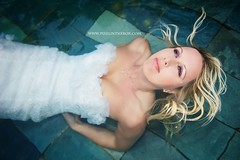 The bride who wanted to dive (Pixelinthebox) Tags: wedding portrait pool bride nikon photographer dress robe dive diving gown weddingdress mariage mauritius piscine plonge weddinggown photographe marie ilemaurice plonger d700 robemarie pixelinthebox julienvenner weddingphotographermauritius photographemariageilemaurice thebridewho