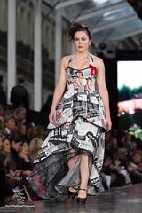 Plus grand défilé de mode du monde par les Galeries Lafayette