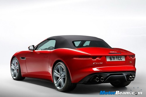 2012-Jaguar-F-Type-15