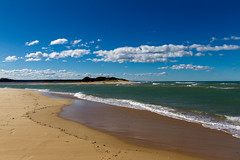 Lake Tyers Beach (Jos van der Heiden) Tags: travel clouds canon day australia canonef1740mmf4lusm laketyersbeach canoneos7d pwpartlycloudy