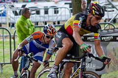 "Sven Nys leads Lars Van Der Haar • <a style=""font-size:0.8em;"" href=""http://www.flickr.com/photos/53884667@N08/8048494470/"" target=""_blank"">View on Flickr</a>"
