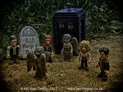 RIP Amy & Rory 2012 You Will Be Missed- Doctor Who (lego Style)