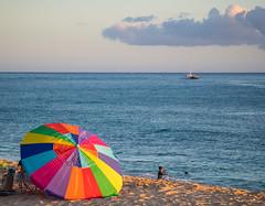 Tracks Beach Park (wesbran) Tags: hawaii oahu honolulu