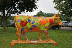 "Surrey Hills Cow Parade ""Greenfields"" (Andrew-M-Whitman) Tags: surrey hills cow parade greenfields grange centre charity"