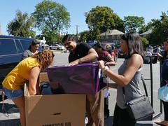 P1260868 (Widener University) Tags: movein studentmoveinday freshmanmoveinday freshman transfer boxes bins unload volunteers faculty staff
