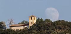 San Marcial and moon (fotoneoo) Tags: aitorabadia fotoneoocom moon luna sanmarcial irun guipuzkoa spain espaa flickraward flickrestrellas