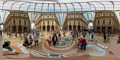 Galleria Vittorio Emanuele II (neisi.photography) Tags: mailand milano einkaufsgallerie galleria knig 360 sphere 360degree stitching samsung gear360 panorama shopping architecture city vrpanorama equirectangular