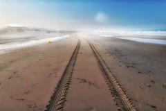 Morgendlicher Nebel... (hobbit68) Tags: beach sky wolken clouds himmel sommer ozean andalucia kste outdoor sonne misty strand canon wasser sonnenaufgang gebude sonnenschein holiday playa espana spanien urlaub nebel ufer