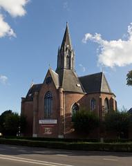 Helmond - Hervormde kerk (grotevriendelijkereus) Tags: helmond netherlands nederland holland brabant church kerk neogothic neogotiek neogotisch tower toren turret protestant town city place plaats stad