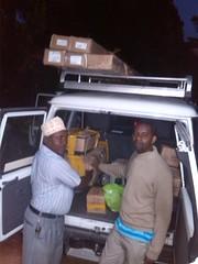loading Pemba Equip (www.poweringpotential.org) Tags: pioneer zanzibar 2016 pemba tumbe