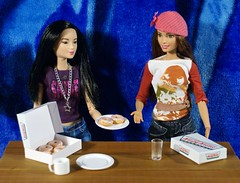 Dsc04446 (GreenWorldMiniatures) Tags: handmade 16 playscale miniature food donuts polymerclay greenworldminiatures barbie mtm