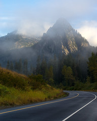 Snoqualmie (bombeeney) Tags: i90 snoqualmiepass mountain mist clouds cloudy highway mountaintosoundgreenway pacificnorthwest pnw a7r fe70300mm sony
