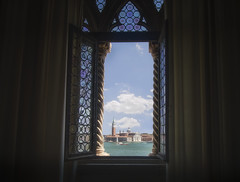 Chiesa di San Giorgio Maggiore (olemoberg) Tags: dogespalace palazzoducales sangiorgiomaggiore venice venezia italy italia window