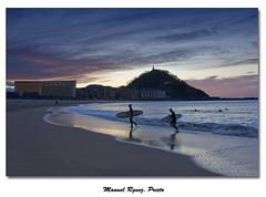 Surfistas en San Sebastin (Galera de Manuel Rguez. Prieto) Tags: atardecer nikon surf auditorio sansebastian moneo donostia urgul lazurriola