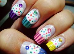 Cupcake (Julia Bergamin) Tags: art nail cupcake