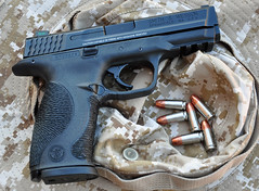 Smith and Wesson M&P9FS (Eric Holmes) Tags: kids training utah nikon gun goa pistol second mp safe handgun selfdefense obama nra 2a 9mm firearm clinging amendment speer stippling d90 hollowpoint stippled mp9 clinger smithandwesson nationalrifleassociation molonlabe