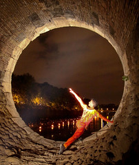 GIANLUCA LANZILLOTTA performs MoveAble Space by choreographer Linda Foster in the Oculus of Ponte Sisto