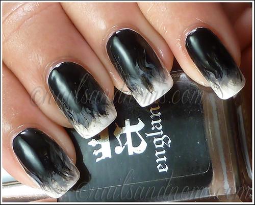 31DC2012 Day 7 - Black & White Nails 1
