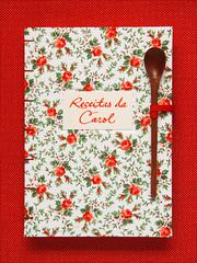 Livro de Receitas da Carol (Zoopress studio) Tags: book handmade sewing feitoàmão fabric livro bookbinding handmadebook recipebook handboundbooks zoopressstudio livrodereceitas stealingisbadkarma zoopressdesign
