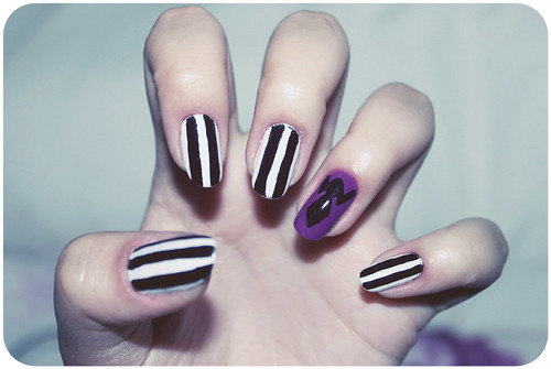 (38.52) Beetlejuice Nails ♥
