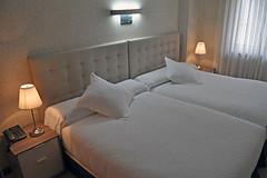 Cabecero de cama Ref.103 de cliente Hotel en Santander (cabecerosdecama) Tags: muebles mobiliario complementos decoración cabecero cabezal tapizado