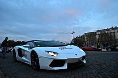 Lamborghini Aventador : white and carbon wroof ? Looks good ! (11MrAxel) Tags: paris speed for nikon ferrari most mclaren need wanted gto lamborghini d300 599 aventador d5100 mp412c