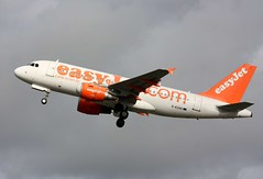 Photo of G-EZAD Airbus A.319-111, easyJet, Lulsgate, 30th October 2012