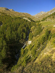 005 - the little river (TFRARUG) Tags: mountain lake alps cross hike aosta ibex avic dondena