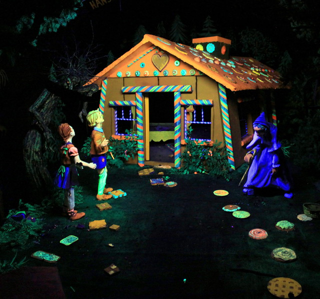 Rock City's Fairyland Caverns: Hansel & Gretel
