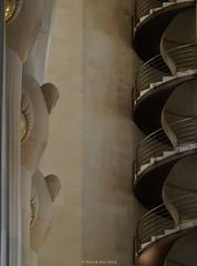 Sagrada Famlia (Rick & Bart) Tags: barcelona art architecture stairs basilica staircase gaudi architectuur smrgsbord sagradafamlia antonigaud rickbart rickvink baslicaitempleexpiatoridelasagradafamlia basilicaandexpiatorychurchoftheholyfamily