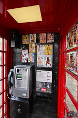 Liga pra mim! - Call me! (rbpdesigner) Tags: uk greatbritain inglaterra england london geotagged cabin europa europe unitedkingdom telephone londres gb angleterre cityoflondon inghilterra reinounido    jobo  royaumeuni  cityofwestminster  englanduk    paddingtonlondon redcabin    vereinigtesknigreich    velhomundo grbretanha velhocontinente cidadedelondres jobogeotagged sussexgardensa4209paddingtonlondoncityofwestminster sussexgardensa4209paddingtonlondoncityofwestminsterenglanduk
