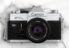 canon ftb ql analog film camera 35mm fd lens 50mm f18 18 snow slr classic instructions notes depth field preview manual loading load winter zaphad1 creative commons