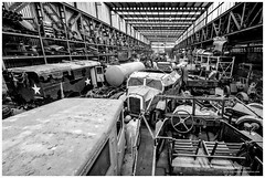 _MTA5673.jpg (Moyse911) Tags: auto usa truck army photo amazing factory fuji tank sam jeep image military picture camion american militaire fou insolite vieux armee oncle urbex amricain hangars xt1 ancetre onclesamurbexauto
