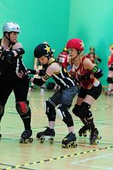 Kinevil (sk8geek) Tags: rollerderby skaters jammer blockers 182 kinevildead