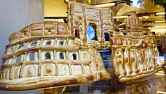 pane, amore e fantasia (1) (canecrabe) Tags: colise basiliquesaintpierre arcdetitus pain boulangerie viamerulana vitrine