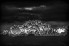 Storm Cloud B&W (Klaus Ficker --Landscape and Nature Photographer--) Tags: clouds storm thunderstorm weather weatherinkentucky hdr rain lighting bw kentuckyphotography klausficker canon eos5dmarkii