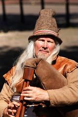 Myal Pyper (dlanor smada) Tags: pipers aylesbury bucks musicians myalpyper