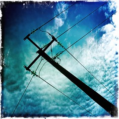 Out Again with @TerranceTownie   (Rantz) Tags: rantz mobilography 365 roger doesanyonereadtagsanymore mobilographypad2016 psad2016 darwin northernterritory sky clouds cloud blue kodotxgrizzledfilm johnslens hipstamatic bluetiful cablelicious cables cableicious