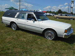 1986 Eagle Americana Pontiac Parisienne (splattergraphics) Tags: 1986 pontiac parisienne wagon stationwagon eagle americana hearse carshow professionalcarsociety gettysburgwyndhamhotel gettysburgpa