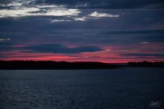 Sailor's Delight (PNG441) Tags: coastline atlanticocean sunset marthasvineyard foreboding massachusetts massachusettscoast coast redskyatnight