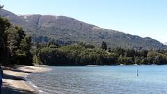 Playas de Baha Mansa, Neuqun (Csar Dergarabedian) Tags: patagonia argentina playa playas neuqun villalaangostura parquenacionalnahuelhuapi bahamansa parquenacionalarrayanes