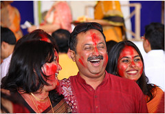 Laughter is contagious (saish746) Tags: red india lady god bangalore bong hindu hinduism kolkata bi puja durga 2012 vermillion bongs godess bengali bihar kumkum bangali pujo sindhur sindoor sindur khela vijayadashami mahaashtami mahanavamiandbijoyadashami2008boringroadpatnabiharindia saish746 bijoydashmi bijayadashmi bws2012sindoor