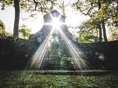 Lloyd George Grave (Roj) Tags: uk grave stone wales canon walking memorial hiking powershot lensflare 1945 1863 criccieth lloydgeorge llanystumdwy g1x