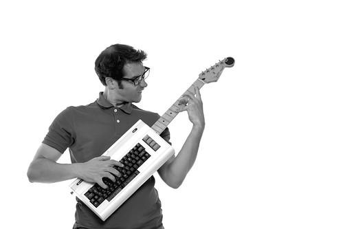 Amiga gitaar / guitar / keytar / Vic-20