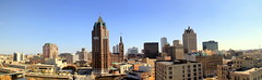 Milwaukee Panorama (Luiz Felipe Castro) Tags: panorama usa skyline wisconsin us cityscape photographer unitedstatesofamerica milwaukee wi luizfelipecastro