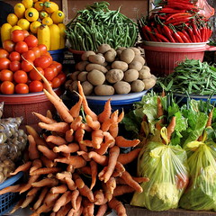 Vegetable market III (+PeterCH51+) Tags: bali indonesia square market vegetable squareformat bedugul vegetablemarket candikuning earthasia peterch51 flickrtravelaward bedugulmarket